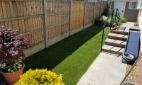 Artificial Grass side garden 2018